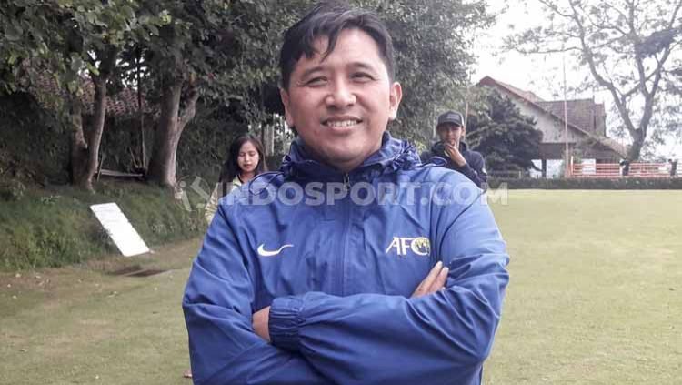 Media Officer Arema FC, Sudarmaji. Copyright: © Ian Setiawan/INDOSPORT