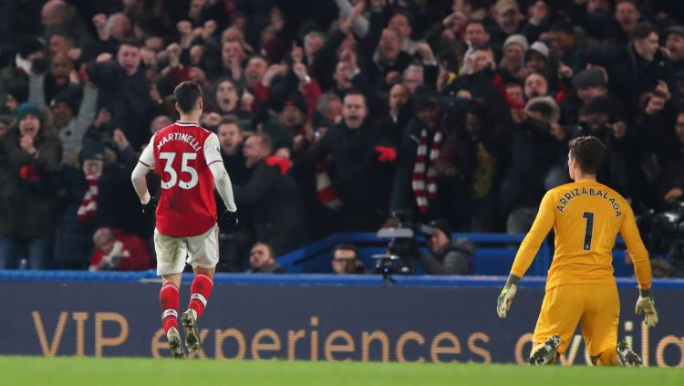 Selebrasi Gabriel Martinelli usai mencetak gol ke gawang Kepa dalam laga Liga Inggris Chelsea vs Arsenal Copyright: © James Williamson - AMA/Getty Images