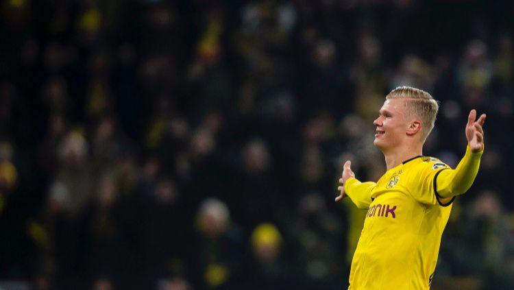 Erling Haaland merayakan golnya saat pertandingan Bundesliga antara Borussia Dortmund vs Koln, Sabtu (25/01/20) dini hari WIB. Copyright: © twitter.com/BVB