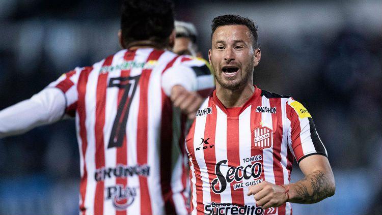 Luciano Pons, pemain yang dikabarkan merapat ke Arema FC. Copyright: © Vaaju.com