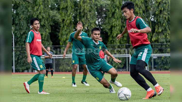Pemain klub Liga 1 Persebaya saat pemusatan latihan di Jogjakarta. Copyright: © Fitra Herdian/INDOSPORT