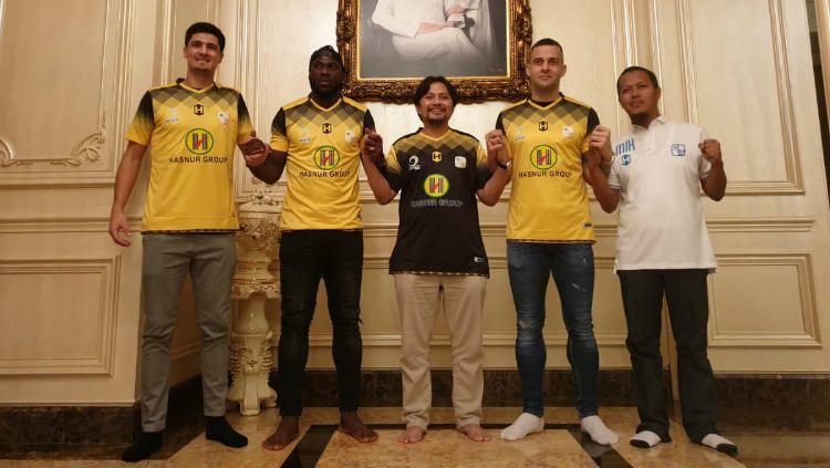 Barito Putera resmi mendatangkan tiga pemain baru jelang Liga 1 2020. Copyright: © Media Barito