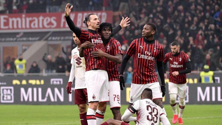Striker AC Milan, Zlatan Ibrahimovic merayakan golnya ke gawang Torino di Coppa Italia Copyright: © Mattia Ozbot/Soccrates/Getty Images