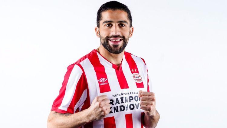 Ricardo Rodriguez resmi meninggalkan AC Milan dan gabung PSV Eindhoven di bursa transfer musim dingin, Jumat (31/01/20) dini hari WIB. Copyright: © psv.nl