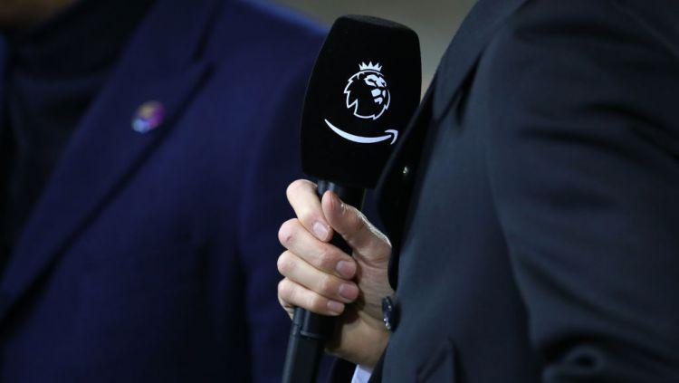 Logo Liga Primer Inggris dalam mirocphone Copyright: © Catherine Ivill/Getty Images