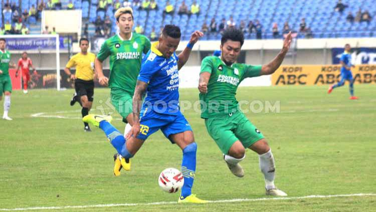 Eks bintang Liga Vietnam, Wander Luiz (kiri), diyakini media asing mampu membawa Persib Bandung juara Liga 1 2020. Copyright: © Arif Rahman/INDOSPORT