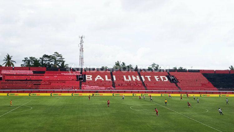 Stefano Cugurra Teco turut menyampaikan harapannya terkait Stadion I Wayan Dipta, markas Bali United yang akan direnovasi untuk keperluan Piala Dunia U-20 2021. Copyright: © Nofik Lukman Hakim/INDOSPORT
