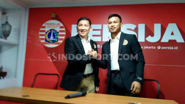 Osvaldo Haay akhirnya resmi ke Persija Jakarta. Copyright: © Zainal Hasan/INDOSPORT