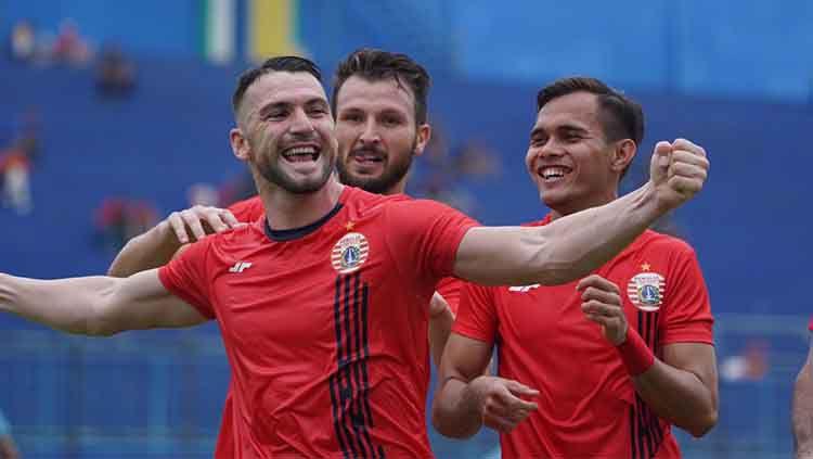 Persija Jakarta gagal meraih gelar juara turnamen pramusim Piala Gubernur Jatim 2020. Namun tiga keuntungan bisa mereka dapatkan jelang Liga 1 2020. Copyright: © Media Persija