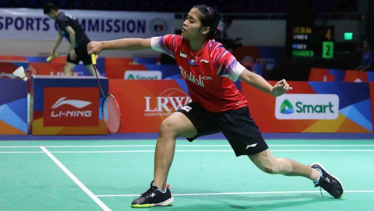 Pebulutangkis Gregoria Mariska tetap menunjukkan sikap berkelasnnya walau berhasil mengalahkan Busanan Ongbamrungphan di Badminton Asia Team Championships 2020. Copyright: © Badminton Indonesia