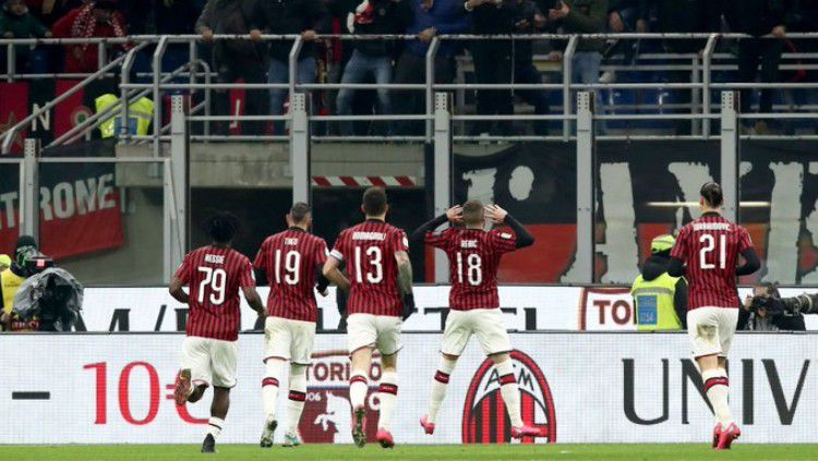 Selebrasi Ante Rebic usai mencetak gol di laga leg pertama semifinal Coppa Italia AC Milan vs Juventus, Jumat (14/02/20). Copyright: © twitter.com/OptaPaolo
