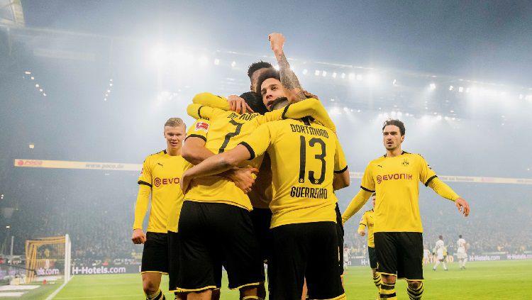 Borussia Dortmund akan menjamu Freiburg dalam laga lanjutan Bundesliga Jerman pekan ke-24 yang akan diselenggarakan pada hari ini, Sabtu pukul 21.30 WIB. Copyright: © Twitter @BVB