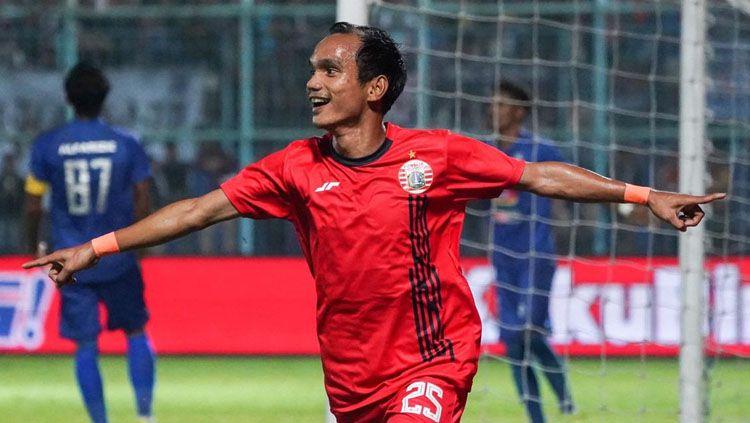 Riko Simanjuntak merayakan gol dalam laga Arema FC vs Persija Jakarta di Piala Gubernur Jatim 2020, Sabtu (15/02/20). Copyright: © Twitter/@Persija_Jkt