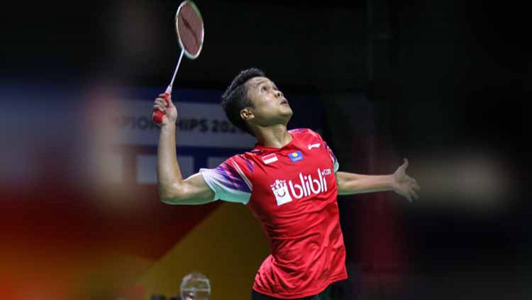 Anthony Ginting sumbang poin perdana untuk tim putra Indonesia di final Badminton Asia Team Championship. Copyright: © Humas PBSI