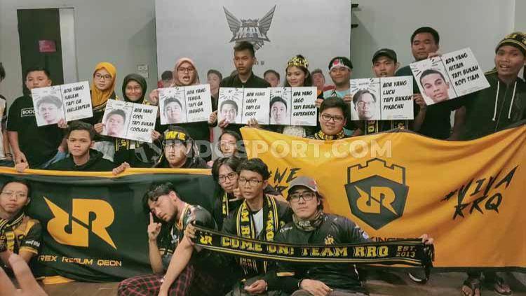 Penampilan tim Rex Regum Qeon (RRQ) di MPL Indonesia season 5. Copyright: © Martini/INDOSPORT