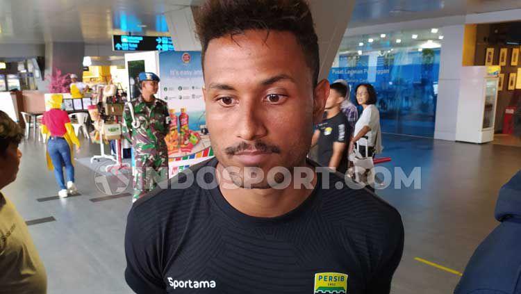 Striker Persib Bandung, Wander Luiz turut mengomentari pemberhentian sementara Liga 1 2020 akibat virus corona. Copyright: © Arif Rahman/INDOSPORT