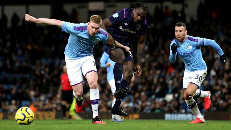 Situasi pertandingan Liga Inggris antara Manchester City vs West Ham, Kamis (20/02/20) dini hari WIB. Copyright: © West Ham