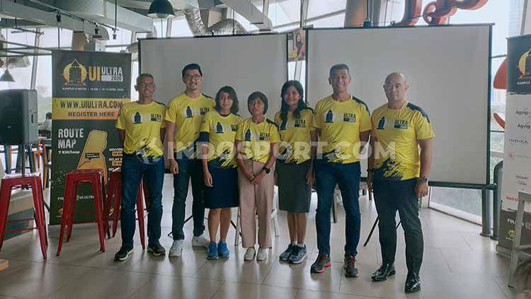 Peringatan Dies Natalis Universitas Indonesia (UI) ke-70, menggerakkan alumni Fakultas Ekonomi UI serta pencinta lari untuk menggelar UI Ultra 2020. Copyright: © Martini/INDOSPORT