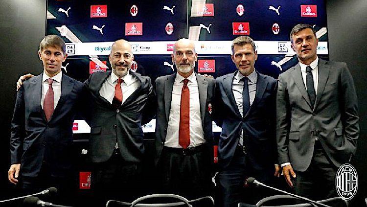 Sukses Bangkitkan AC Milan, Ini Respons Boban yang Telah Dikhianati Copyright: © Sempre Milan