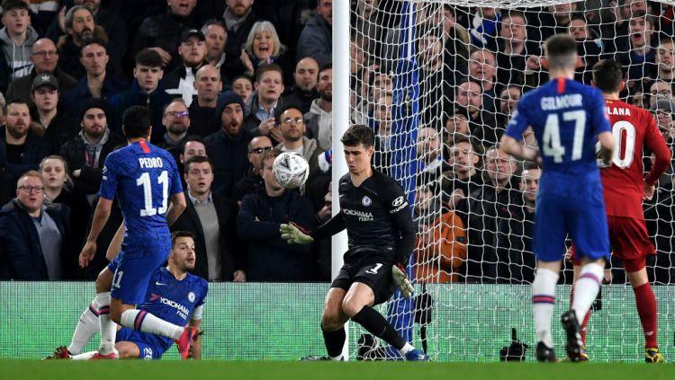 Chelsea disarankan membeli kiper baru menggantikan Kepa Arrizabalaga agar bisa bersaing dengan dua klub Liga Inggris, Liverpool dan Manchester City. Copyright: © Darren Walsh/Chelsea FC via Getty Images