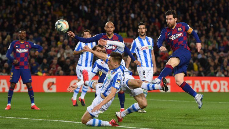 Tendangan menembus batas megabintang Barcelona, Lionel Messi, sukses pecahkan rekor di Jepang. Copyright: © Alex Caparros/Getty Images