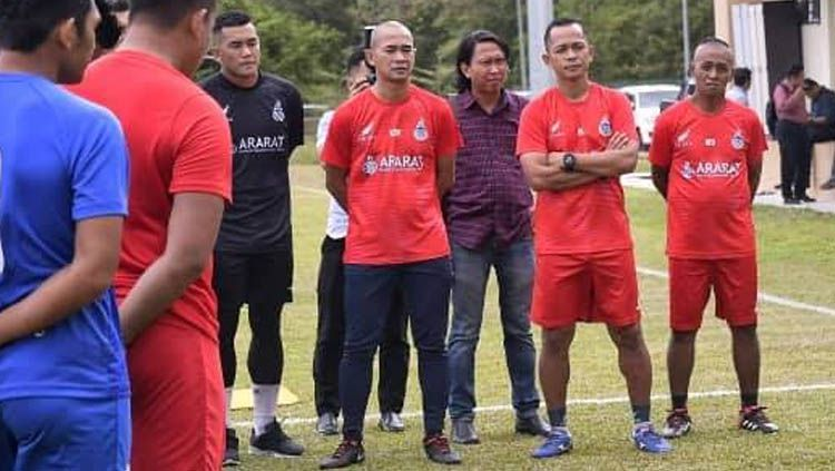 Didepak Klub Malaysia, Nama Kurniawan Kian Laris di Bursa Transfer. Copyright: © Facebook/fasabah