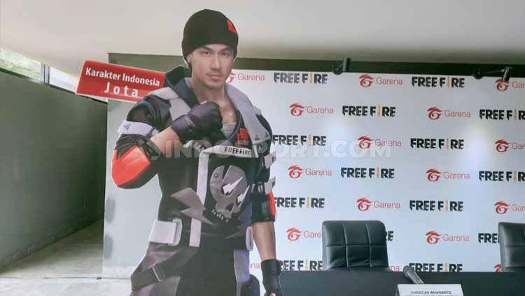 Selebriti Indonesia, Joe Taslim menjadi karakter di game Free Fire dengan nama Jota. Copyright: © Martini/INDOSPORT