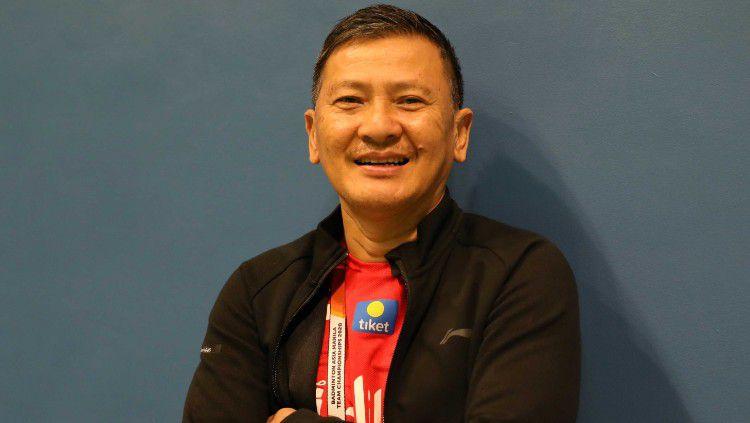 Kepala pelatih tunggal putra PBSI Hendry Saputra membeberkan penyebab performa Anthony Sinisuka Ginting dan kolega kurang maksimal di Thailand Open 2021. Copyright: © Badminton Indonesia