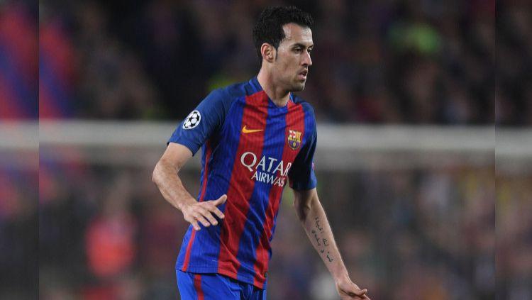 Gelandang Timnas Spanyol yang juga pemain Barcelona, Sergio Busquets ikut buka suara dengan apa yang terjadi dengan masa depan Lionel Messi. Copyright: © Michael Regan/Getty Images