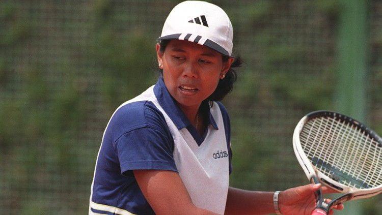 Mengenang kembali momen Yayuk Basuki, sang ratu tenis Indonesia saat empat kali tampil di ajang Olimpiade. Copyright: © Michael Steele/EMPICS via Getty Images