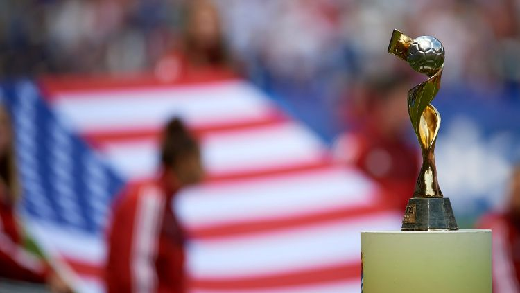 FIFA akan segara tentukan siapa yang menjadi tuan rumah Piala Dunia Wanita 2023 mendatang. Copyright: © NurPhoto/GettyImages