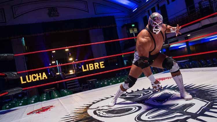 Mengenal kisah Silver King, salah satu pegulat WWE SmackDown yang alami nasib nahas dan meninggal di atas ring gulat. Copyright: © Jack Taylor/Getty Images