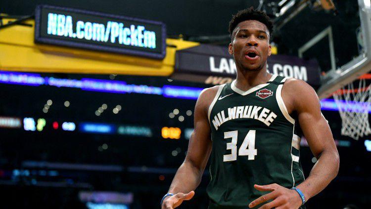 Giannis Antetokounmpo, bintang basket NBA milik tim Milwaukee Bucks. Copyright: © Harry How/Getty Images