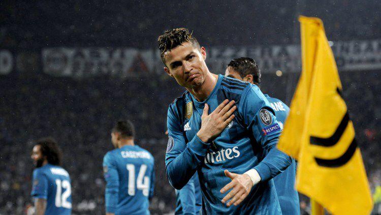Cristiano Ronaldo saat masih memperkuat Real Madrid berterima kasih kepada fans Juventus di Liga Champions 2017-2018. Copyright: © Juventus/GettyImages