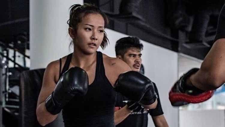 Petarung Mixed Martial Arts (MMA) asal Korea Selatan, Song Ka-yeon kini tengah menjadi sorotan lantaran berniat untuk comeback usai absen selama enam tahun. Copyright: © Instagram