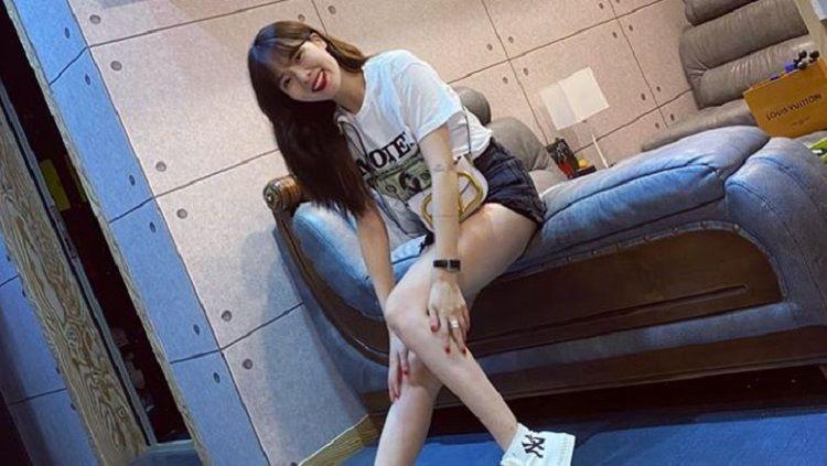 Mantan personel girl group K-pop 4Minute, HyunA, punya cara tersendiri untuk menjaga bodygoals yang dimilikinya meskipun umurnya hampir menginjak 30 tahun. Copyright: © Instagram @hyunah_aa