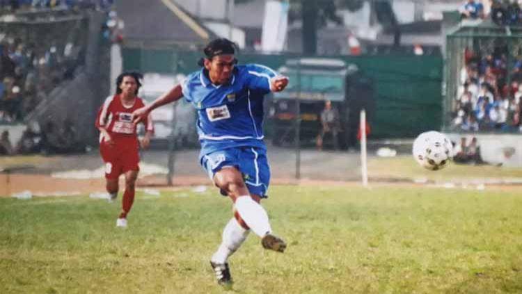 Aji Nuprijal merupakan mantan pemain yang sempat memperkuat Persib Bandung di Liga Indonesia musim 2003-2005, 2007 dan 2009-2010. Copyright: © Dok. pribadi Aji Nuprijal