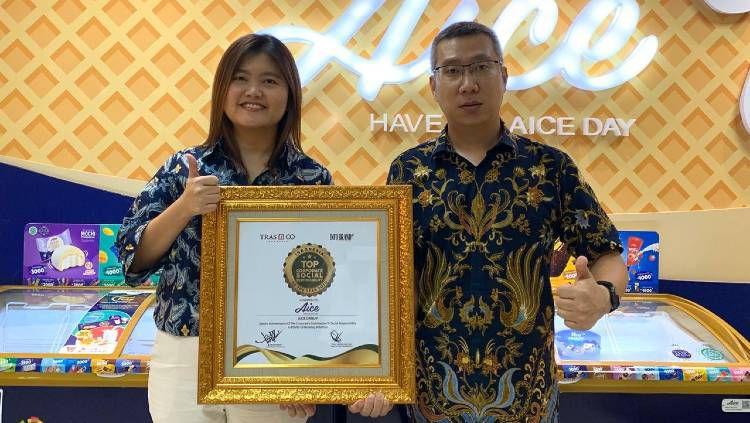 Lakukan aksi kepedulian untuk perangi virus Corona di Indonesia, AICE Group mendapat penghargaan penting Top Indonesia Corporate Social Responsibility 2020. Copyright: © Aice