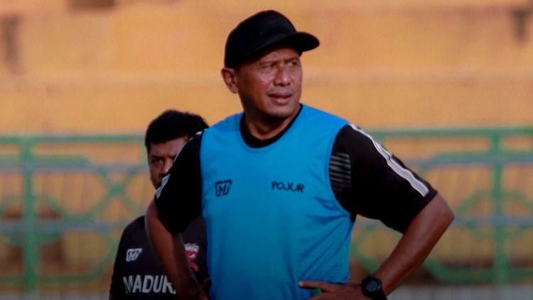 Kepala pelatih dan manajer Madura United Rahmad Darmawan. Copyright: © maduraunitedfc.com