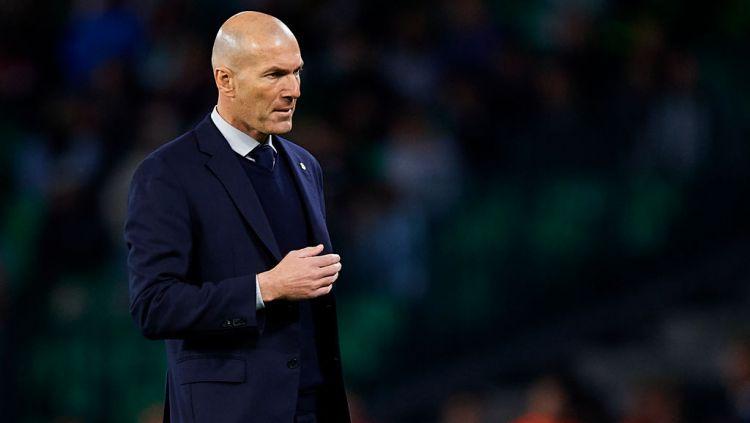 Zinedine Zidane berhasil memecahkan rekor tersendiri usai menjalani laga lanjutan LaLiga Spanyol antara Real Madrid vs Eibar, Senin (15/06/20) dini hari WIB. Copyright: © Silvestre Szpylma/Quality Sport Images/Getty Images