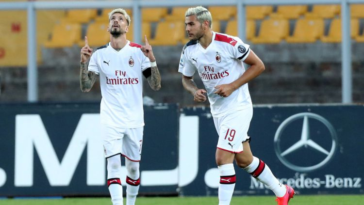 Demi mendapatkan Samu Castillejo dari AC Milan, AS Roma siap memulangkan Cengiz Under yang dipinjam Leicester City dan menyerahkannya ke kubu Rossoneri. Copyright: © Maurizio Lagana/Getty Images