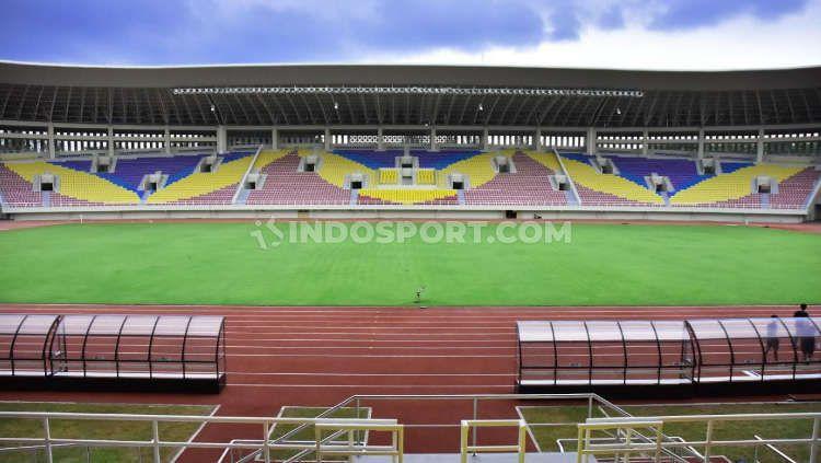Stadion Manahan Solo akan menjadi venue laga pembuka Liga 2 2021, sekaligus tuan rumah untuk babak penyisihan grup C. Copyright: © Ronald Seger Prabowo/INDOSPORT