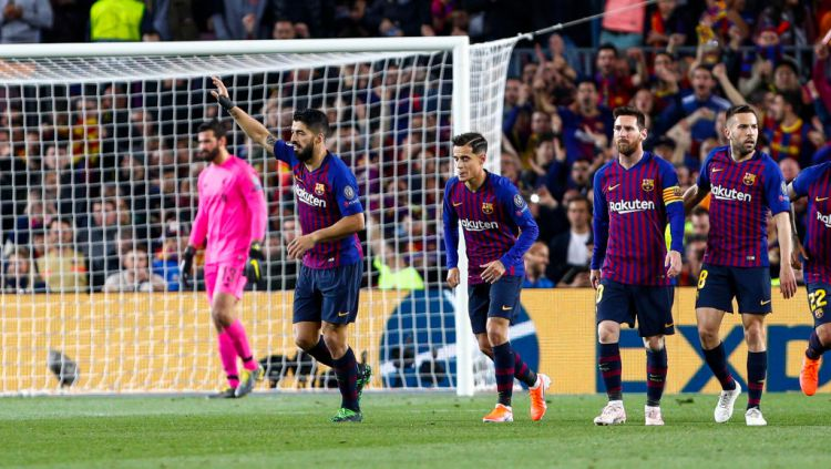 Selebrasi Luis Suarez usai mencetak gol di Liga Champions pada laga Barcelona vs Liverpool Copyright: © Mikel Trigueros / Urbanandsport / NurPhoto via Getty Images