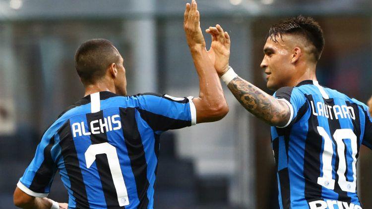 Alexis Sanchez sukses tampil gemilang dalam laga terbarunya, akankah menjadi tanda buat Inter Milan agar bisa ikhlaskan Lautaro Martinez hengkang? Copyright: © Marco Luzzani/Getty Images