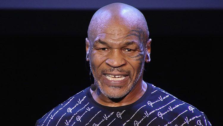 Laga comeback Mike Tyson yang telah ditunggu-tunggu bakal segera digelar pada 12 September mendatang dan berikut penampakan poster resmi pertarungan tersebut. Copyright: © Donald Kravitz/Getty Images