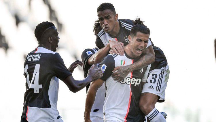 Unggul 8 poin dari Lazio dengan 6 laga tersisa, Juventus makin berpeluang menjadi juara Serie A Italia musim ini. Kapan Si Nyonya Tua bisa menyegel gelar juara? Copyright: © Daniele Badolato - Juventus FC via Getty Images