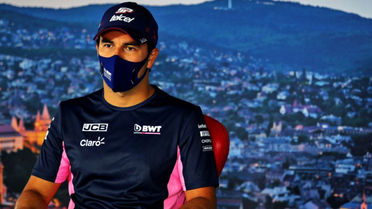 Pembalap asal Meksiko, Sergio Perez dikabarkan telah menyetujui perjanjian prakontrak dengan tim Haas usai didepak oleh Racing Point di Formula 1 (F1) 2021. Copyright: © Laurent Charniaux/Pool via Getty Images