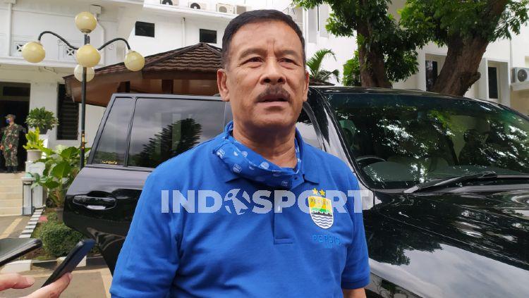 Komisaris PT Persib Bandung Bermartabat (PBB), Umuh Muchtar, menegaskan Ghozali Siregar tidak akan dilepas oleh tim Persib Bandung. Copyright: © Arif Rahman/INDOSPORT