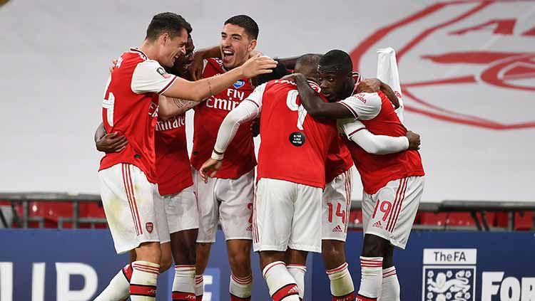 Lini belakang menjadi salah satu titik lemah Arsenal di musim 2019/2020. Berikut 3 bek tengah yang layak dilirik The Gunners di bursa transfer musim panas ini. Copyright: © Getty Images