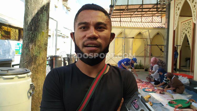 Pemain belakang Persib Bandung, Ardi Idrus, memiliki beberapa kegiatan untuk menghilangkan jenuh, di tengah belum adanya kejelasan Liga 1 2020. Copyright: © Arif Rahman/INDOSPORT